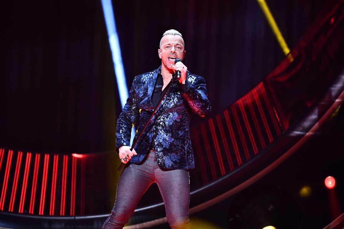 Casper Janebring från Arvingarna i Melodifestivalen