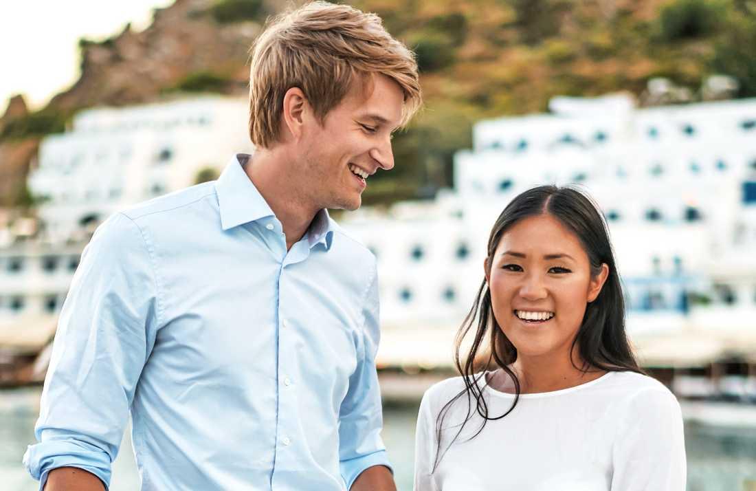 Erik Linder och sambon Matilda Lundqvist har blivit föräldrar.