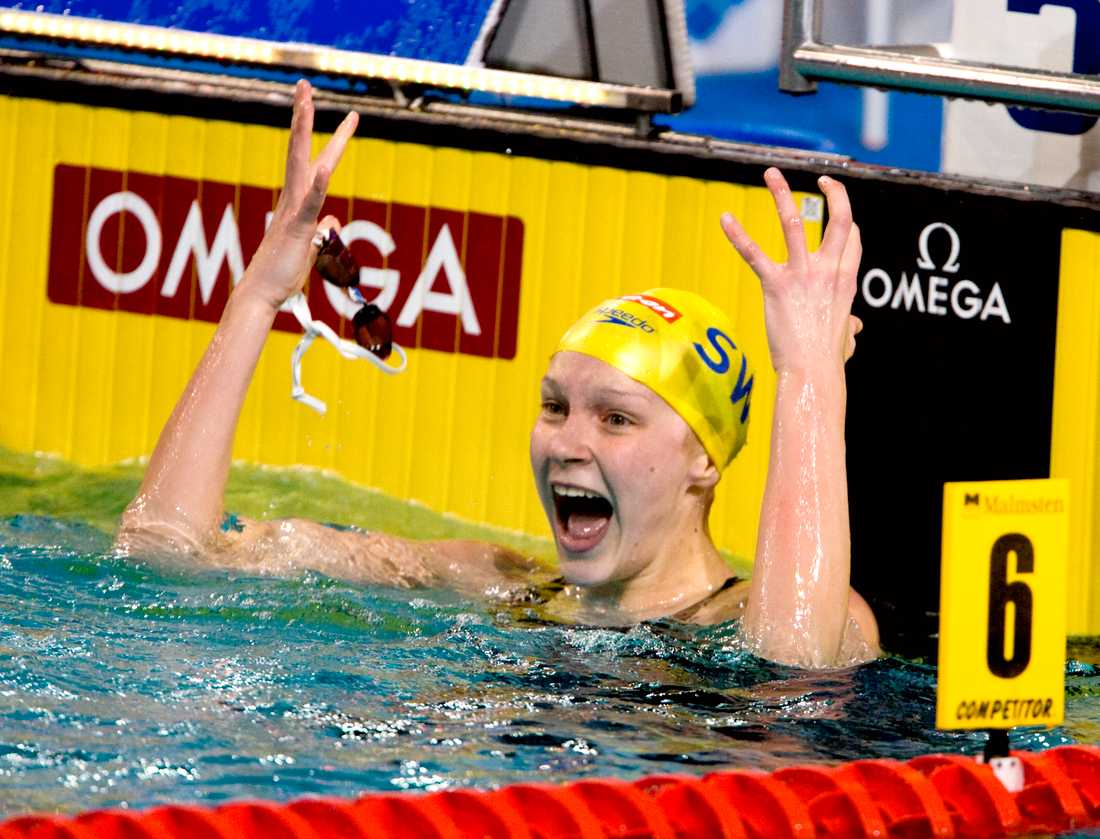 En 14-årig Sarah Sjöström vinner EM-guld 2008.