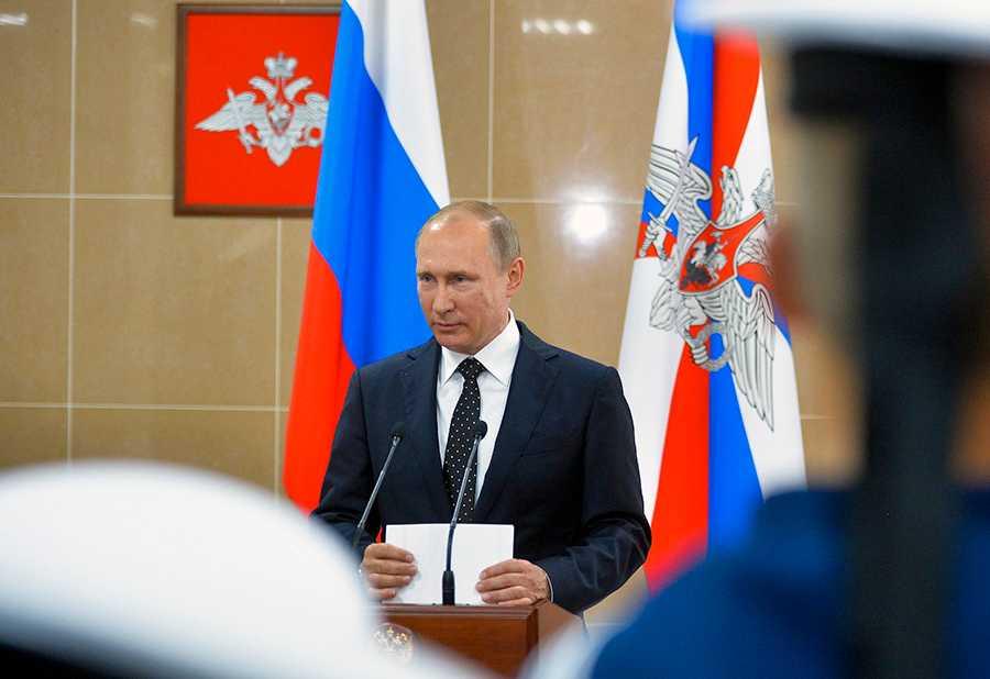 ODEMOKRATISKT Parlamentsvalet i Ryssland i morgon har inget med demokrati att göra. Utgången har varit givet på förhand. Väljarna är statister i en pjäs vars författare de inte kan påverka.