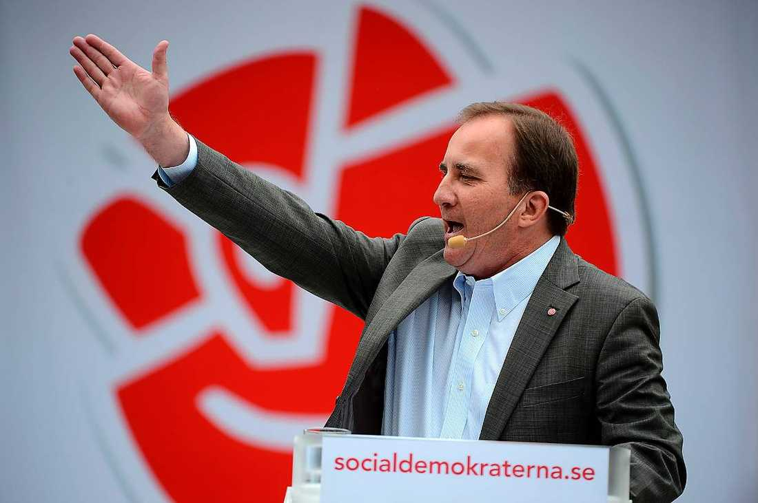 """ELDIGAST I ALMEDALEN  Stefan Löfven talade passionerat under Almedalens näst sista dag. """"Regeringen väntar på bättre tider. Sverige väntar på en ny regering"""", sa S-ledaren."""