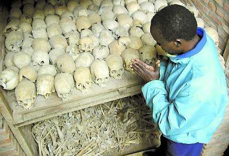 Kampen om krympande jordar bidrog till folkmordet i Rwanda.
