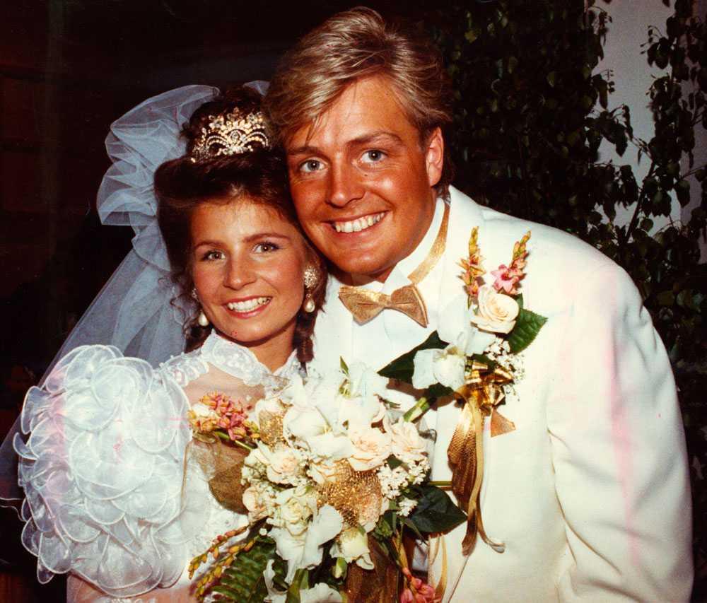 1990 gifter sig sångerskan med Runar Sögaard, tillsammans får de 1998 sonen Amadeus. 2000 skiljer sig kändisparet.