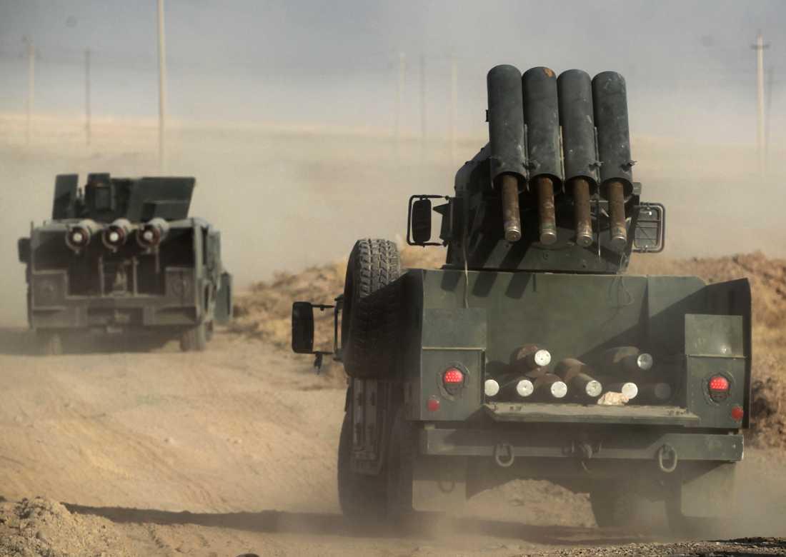 Irakiska styrkor avancerar mot Mosul.