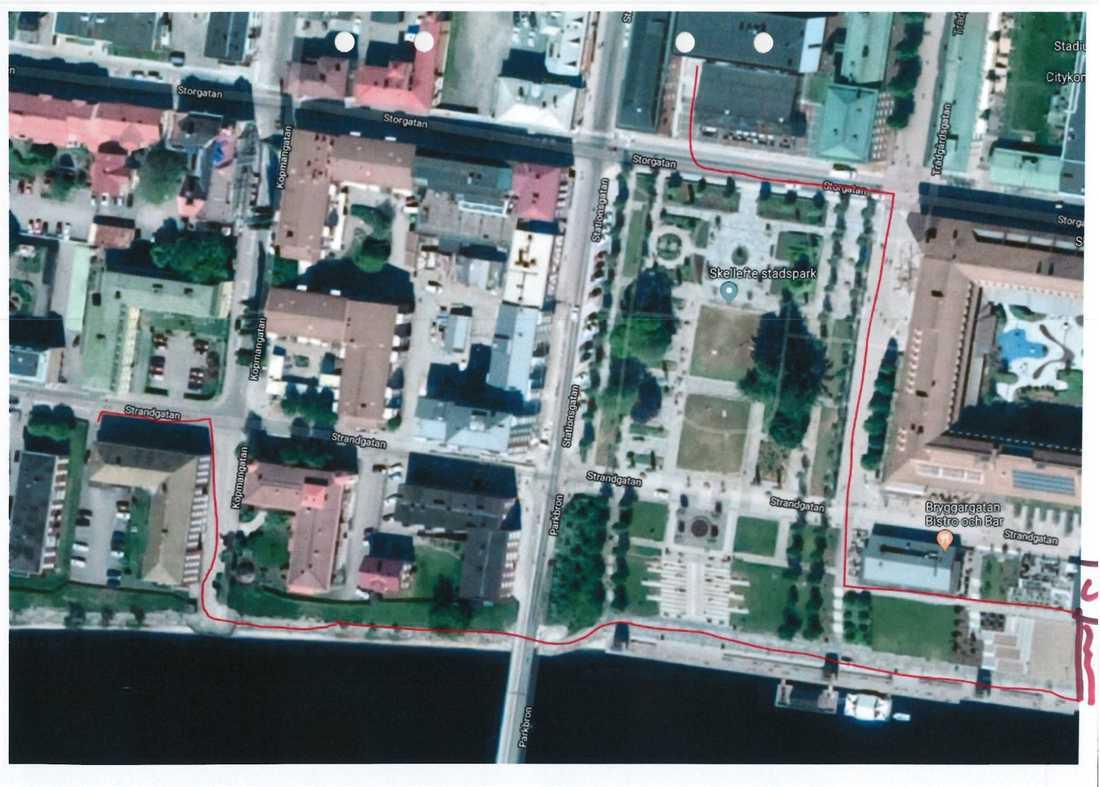 Polisen intresserade av att komma i kontakt med den kvinna som avbryter våldtäkten samt andra personer som gjort iakttagelser i området mellan Verandan och Strandgatan (se kartan).