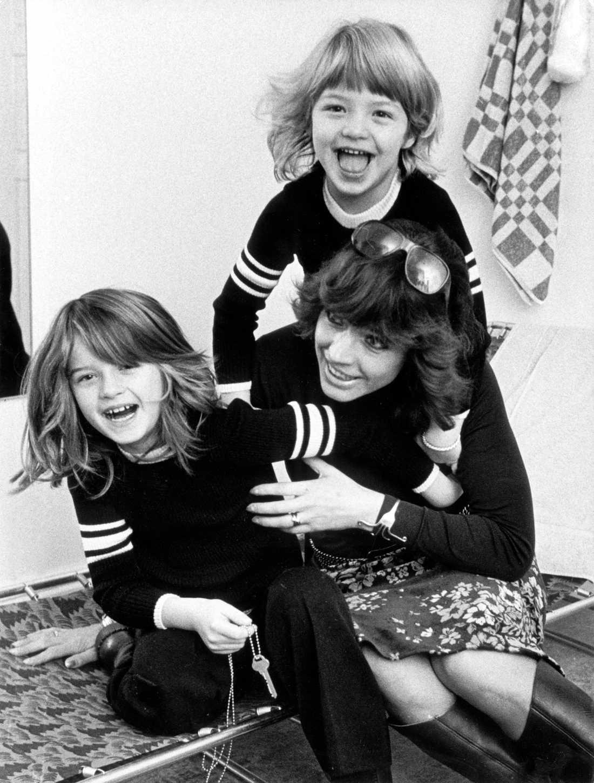"""Barbro """"Lill-Babs"""" Svensson med sina döttrar Malin Berghagen och Kristin Kaspersen."""