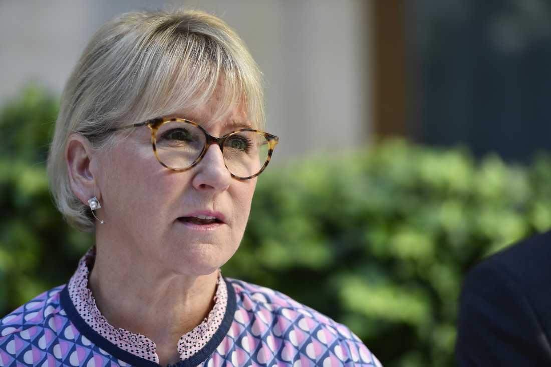 Utrikesminister Margot Wallström ligger lågt i Persiska viken.