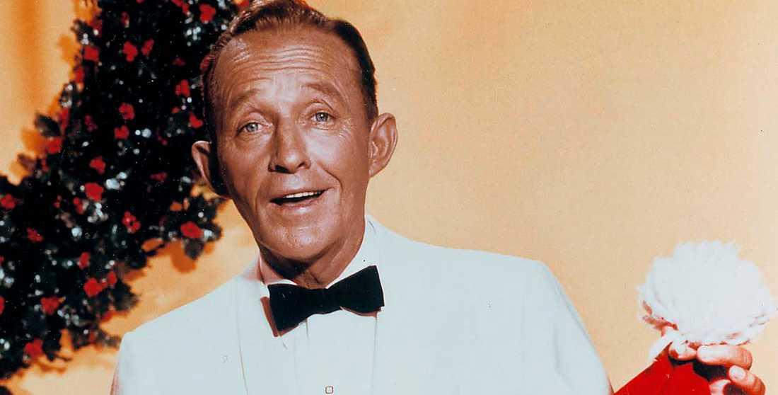 """Bing Crosby i musikalen """"White Christmas"""" från 1954, tolv år efter hans första version av Irving Berlins julmelodi. """"Det är slående att den bild av julen som sången förmedlar är helt igenom sekulariserad"""", skriver Magnus Ullén."""