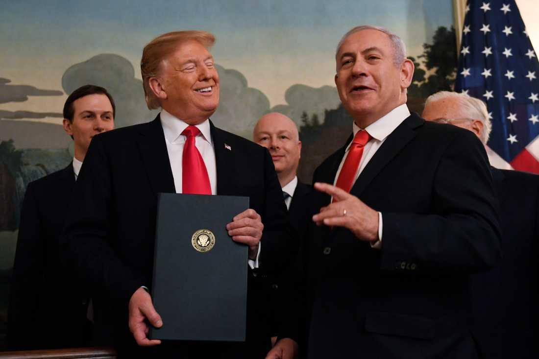 USA:s president Donald Trump och Israels premiärminister Benjamin Netanyahu i Vita huset.