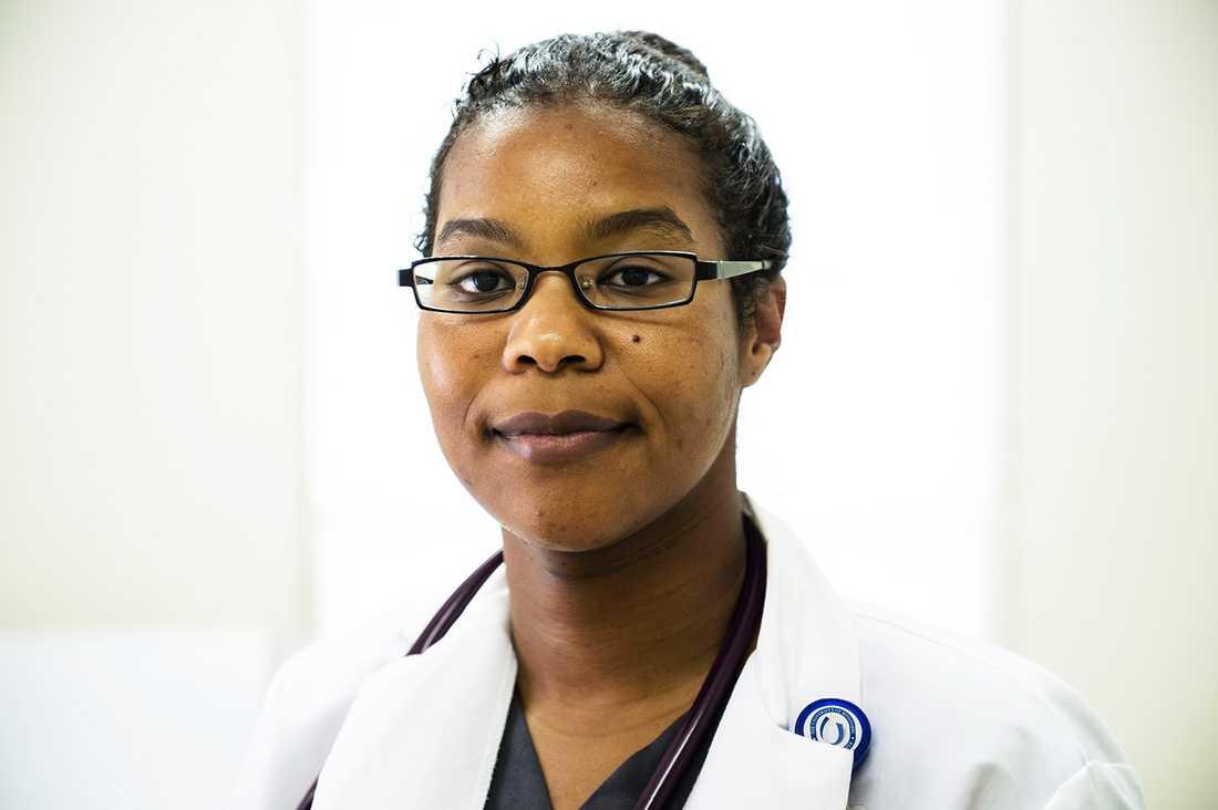 """""""En kollega från Tchad arbetade här en tid. Han sa att hälsoproblemen i Holmes county är större än i Afrika"""", säger läkaren Satira Perry."""