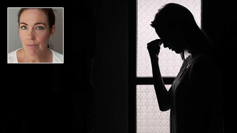 Roks ser med oro på hur ett könsneutralt språk bereder ut sig och formar politiken på området mäns våld mot kvinnor.