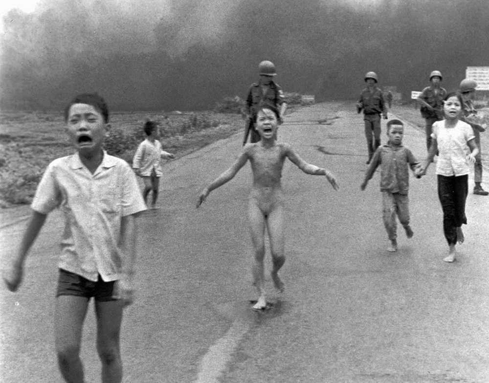För den moderna vänstern skapades självbilden under solidaritetsarbetet med Vietnam, mot USA:s bombningar och orättfärdiga krig.