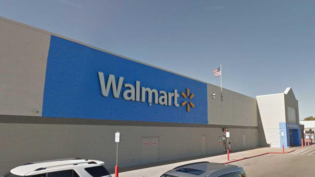 Skjutningen ska ha skett på Walmart i Duncan, Oklahoma.