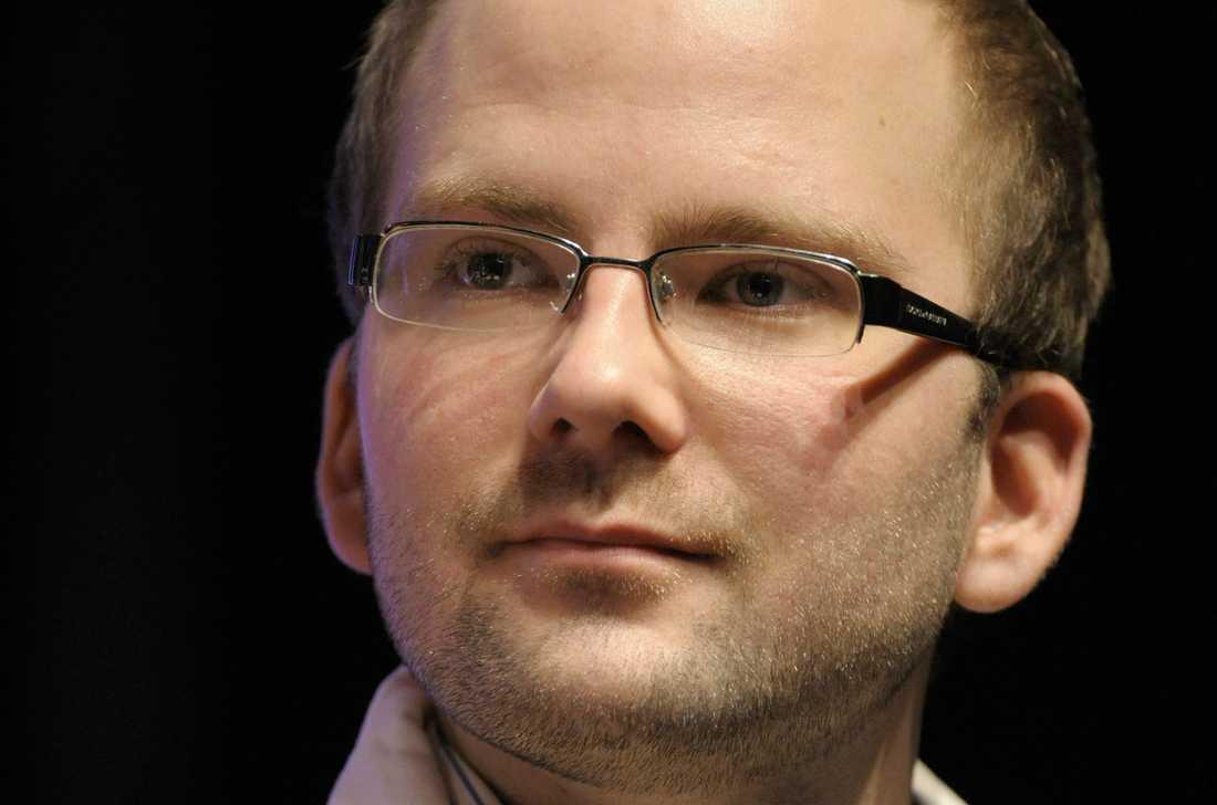 Charlie Weimers lämnar KD för Sverigedemokraterna.