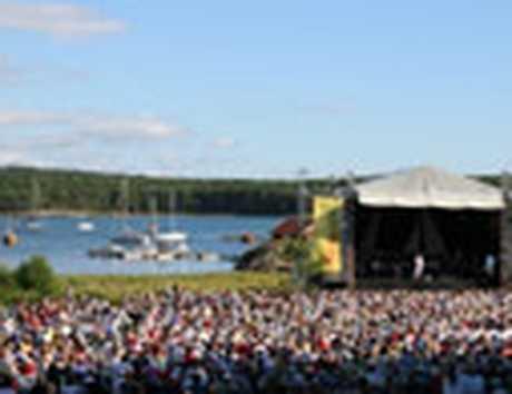 Lyssna på Laleh och Lill Lindfors på Taubespelen 11-12 juli.