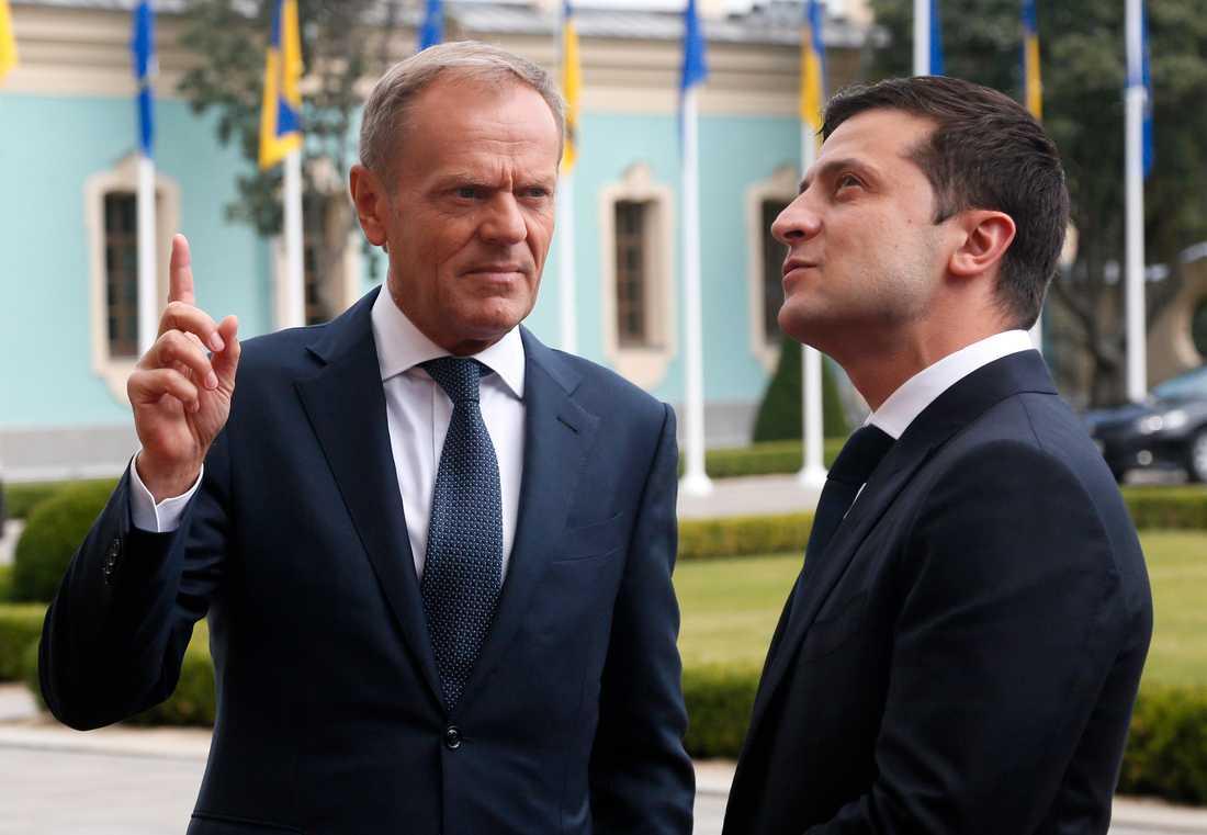 EU:s permanente rådsordförande Donald Tusk på besök hos Ukrainas nye president Volodymyr Zelenskyj.