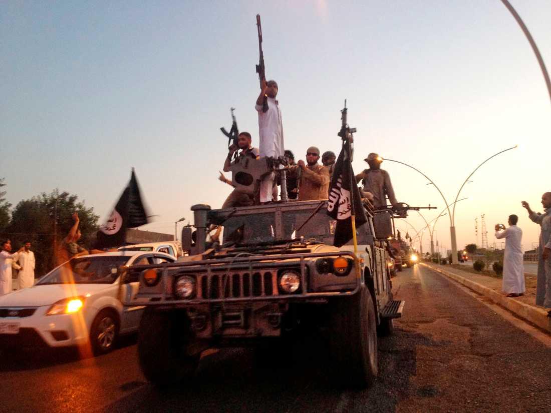 IS-terrorister i Mosul i Irak i juni 2014.