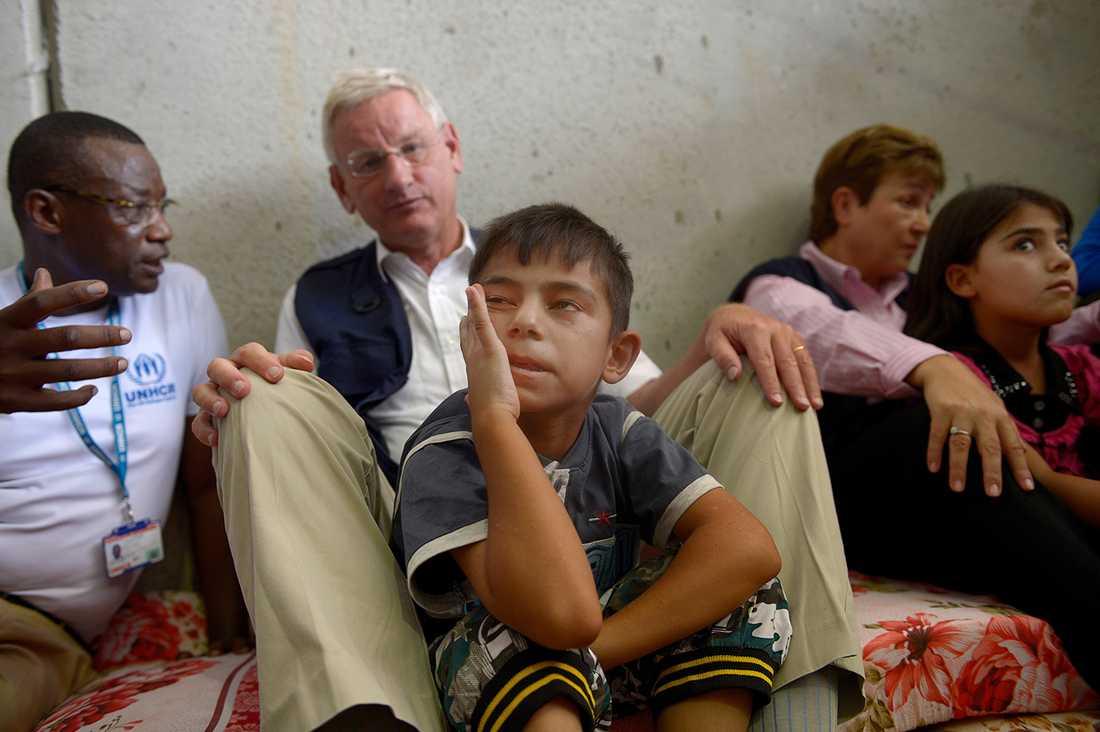 Carl Bildt besökte för några dagar sedan människor på flykt i Irak. En flyktingström väntar Sverige de kommande åren.