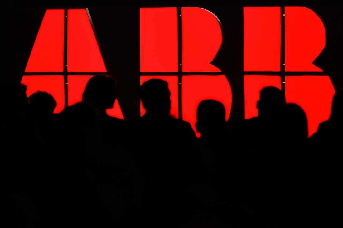 ABB delar ut nästan 18 miljarder till aktieägarna mitt i coronakrisen. Arkivbild.