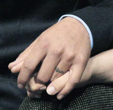 Bristol och pojkvännen Levi Johnston lovade att förlova sig före förlossningen.