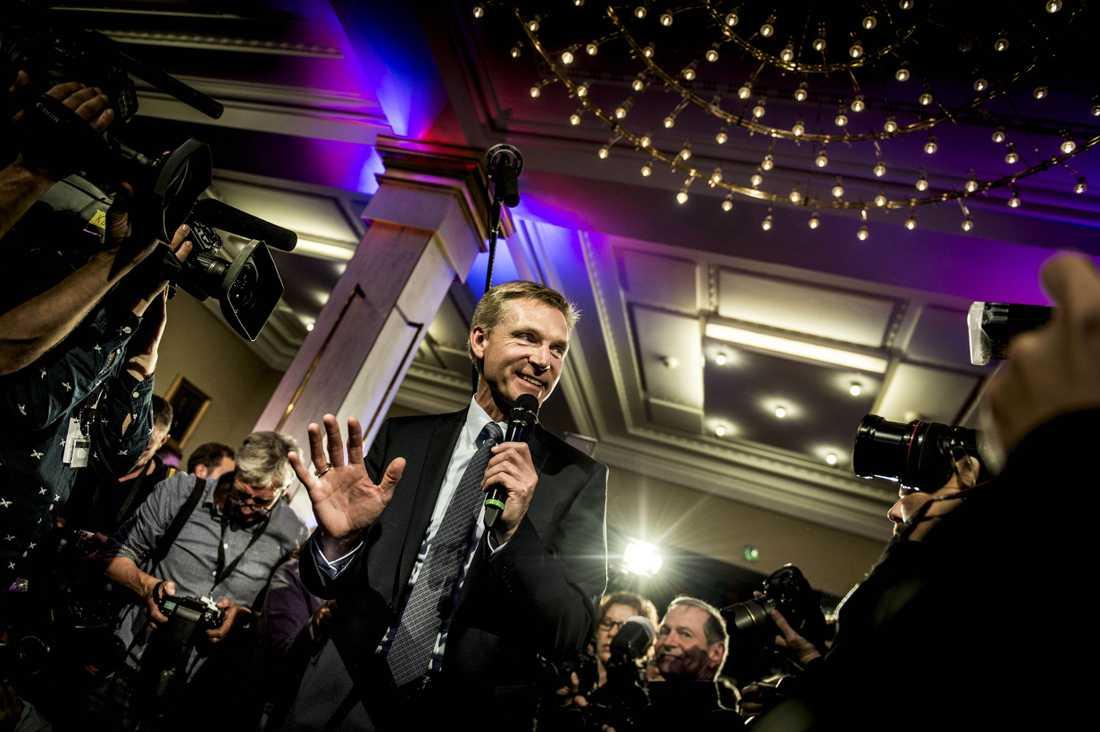 Om ett par veckor kan Dansk Folkeparti och dess ordförande Kristian Thulesen Dahl sitta i regeringen, skriver Lena Mellin.