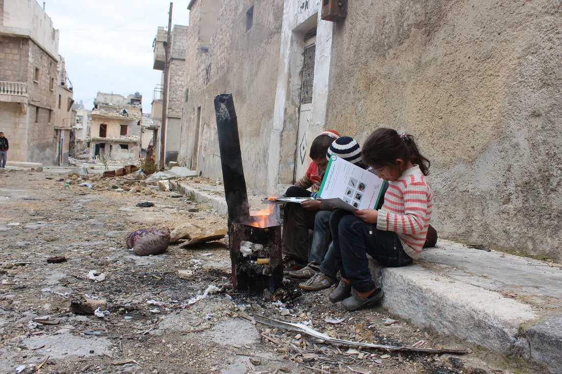 Syriska barn i Aleppo. Arkivbild.