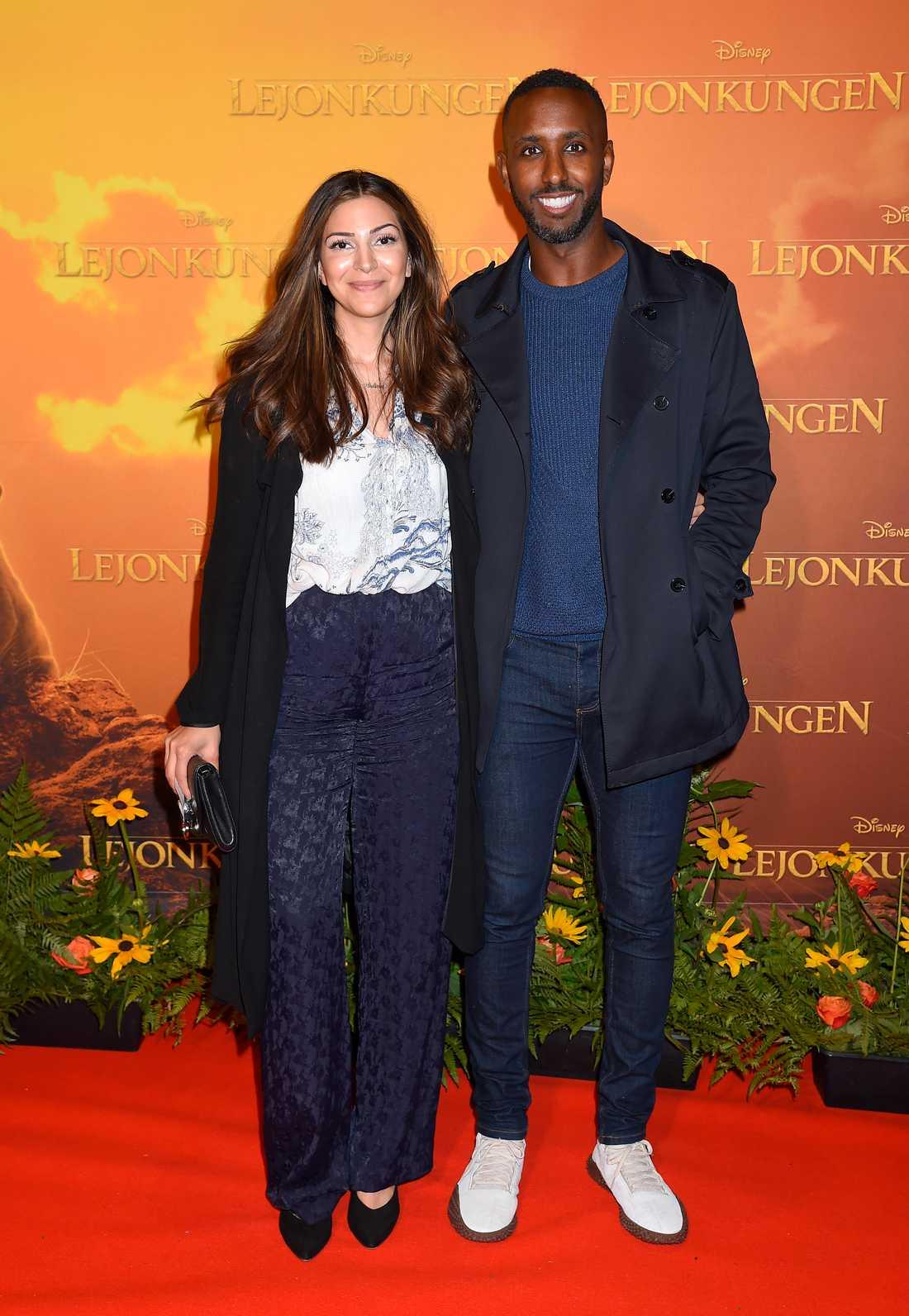 Fotbollsproffset Henok Goitom med sin fru Nina Ismail