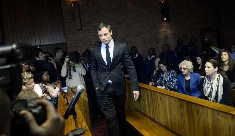 Pistorius anländer till rättssalen den 19 augusti.