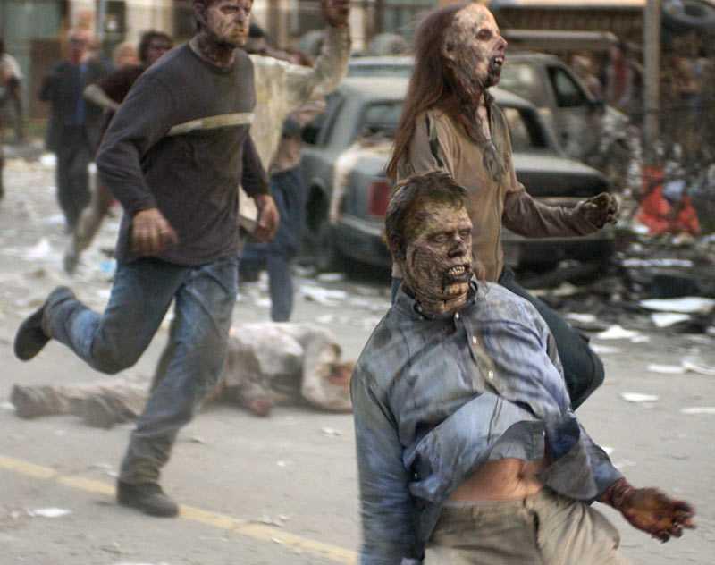 """Så här kan det se ut när zombies tar över stan. Bild ur filmen """"Dawn of the dead""""."""