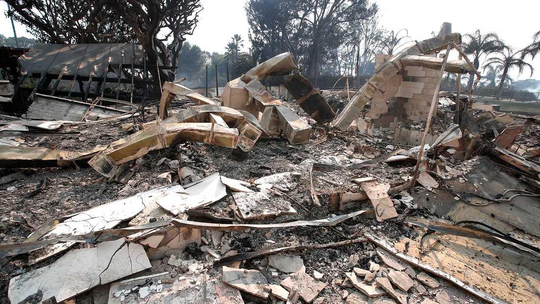 Robin Thickes och April Love Gearys hem ödelagt.