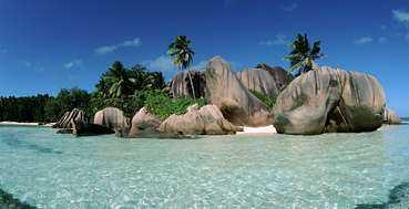 La Digue är en av Seychellernas vackraste öar - och lugnaste.