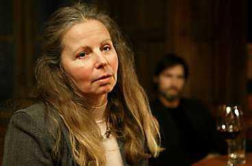 """Caroline Giertz är reporter i Kanal 5:s nya serie """"Förnimmelse av mord""""."""