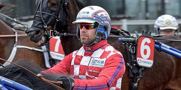 Claes Sjöström kör spiken Love Affair.