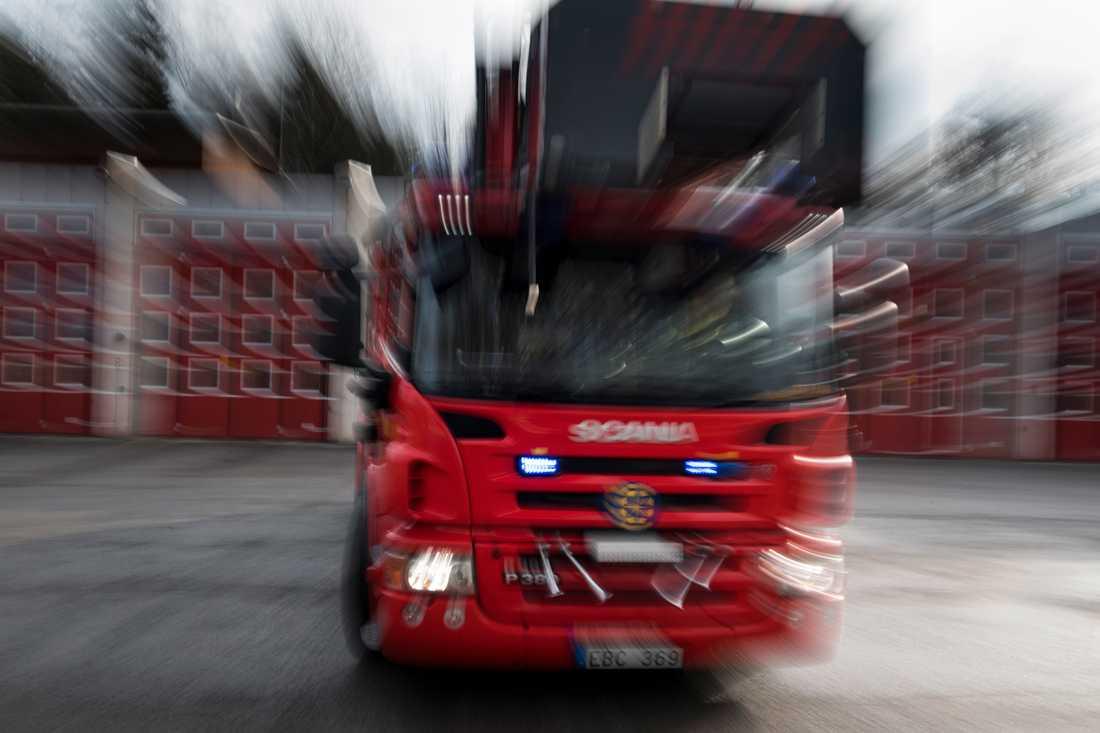 Räddningstjänsten fick larm om branden strax efter klockan 15. Arkivbild.