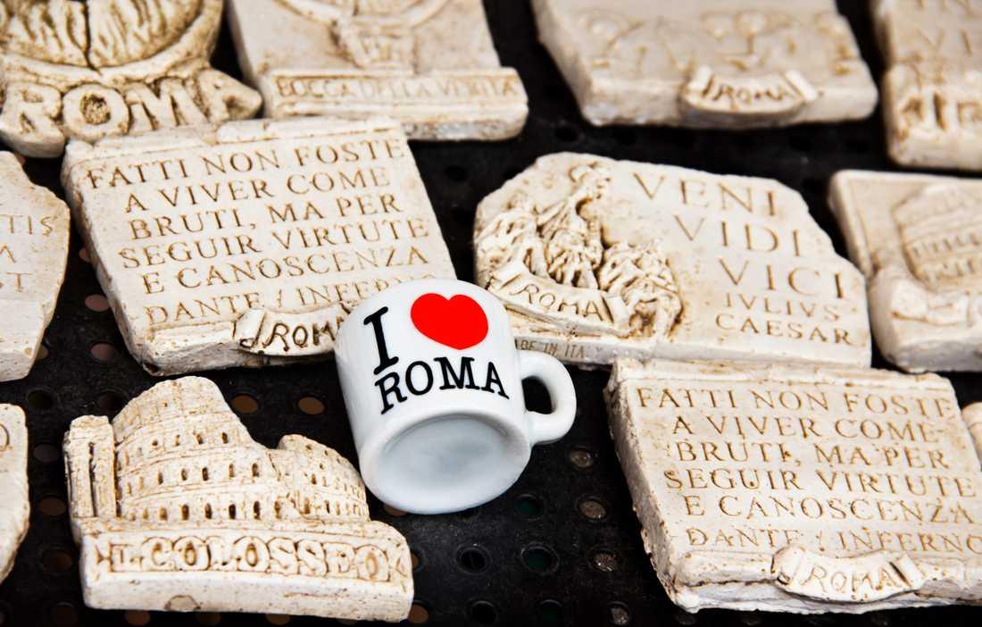 Roms borgmästare menar att försäljarna är en plåga.