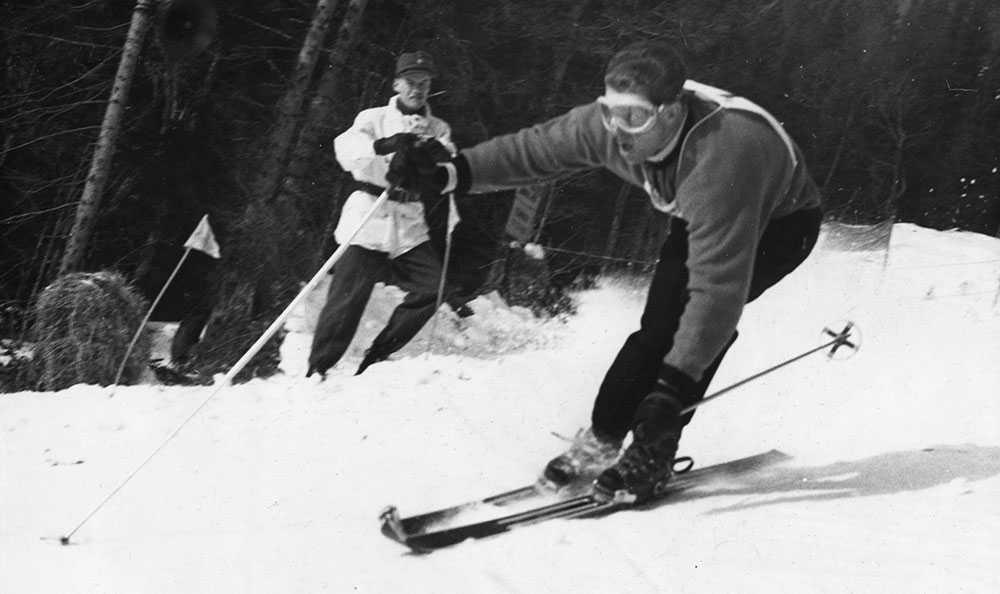 Norrmannen Stein Eriksen blev den alpine kungen när VM arrangerades i Åre 1954. Han blev världsmästare i slalom, storslalom och alpin kombination