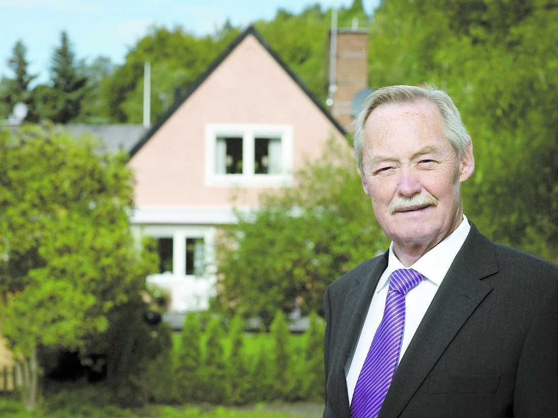 """dystra tider """"Det är svårare att sälja bostäder och tjäna pengar"""", säger Lars Kilander, vd för Mäklarsamfundet."""
