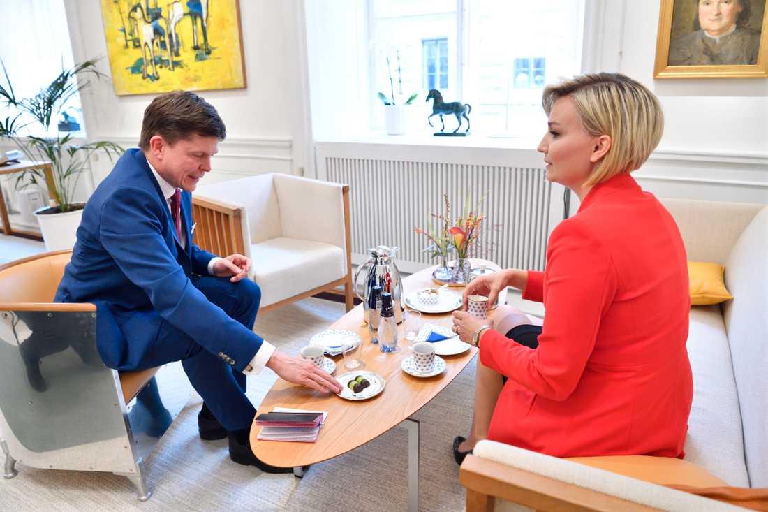 Riksdagens talman Andreas Norlén och Kristdemokraternas partiledare Ebba Busch Thor.
