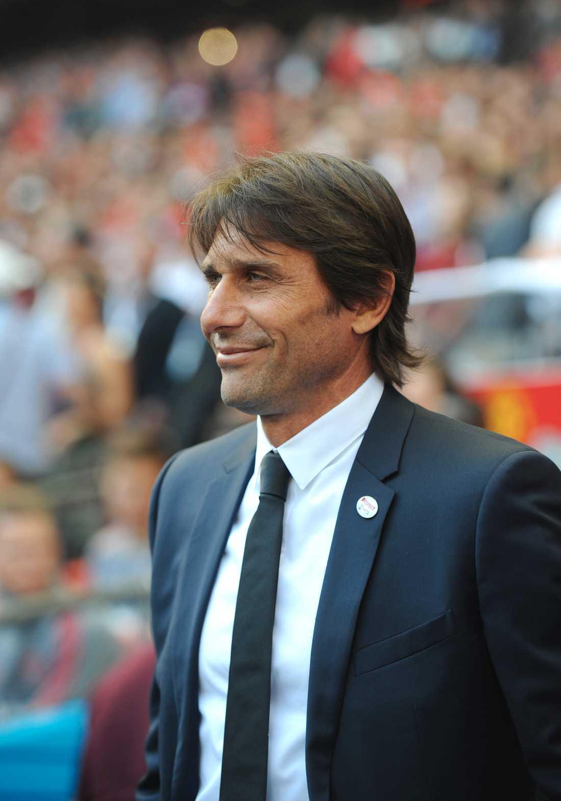 Antonio Conte kan ta över Real Madrid, enligt uppgifter.