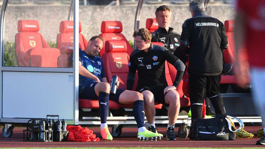Andreas Granqvist byttes ut efter att ha fått ont i ljumsken under bortamatchen mot Kalmar FF den 18 juni.