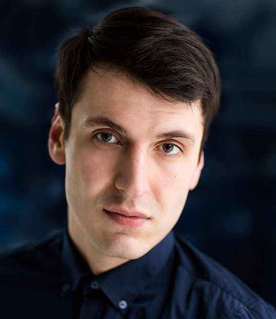 Pajtim Statovci (född 1990).