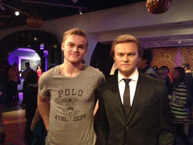 Också lika som bär: Calle Eklund Larsson och Leonardo DiCaprio på Madame Tussauds vaxkabinett i London.