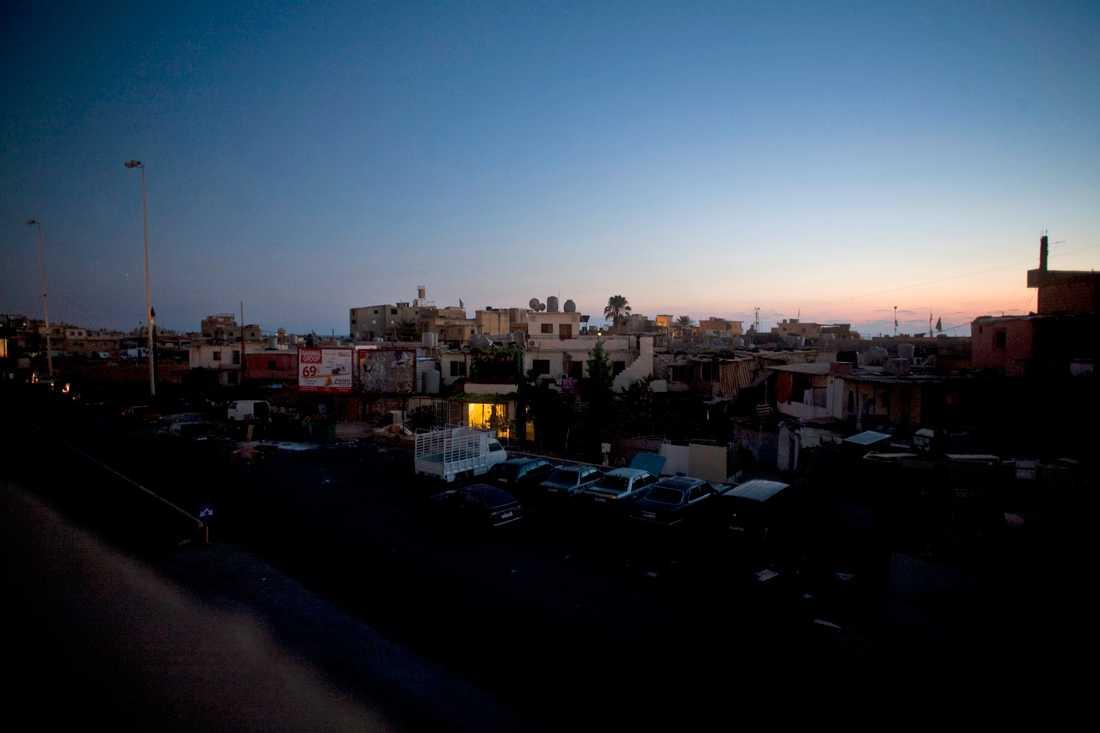 Beirutförorten Ouzai i mörker. Arkivbild.