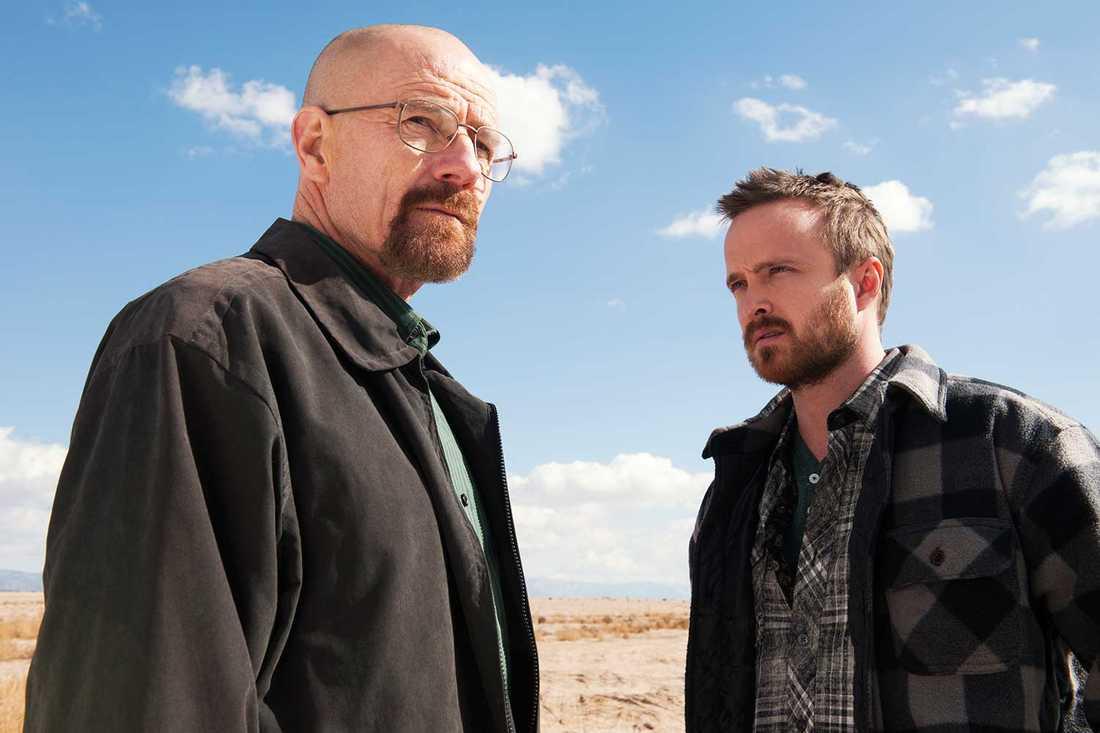 """Drogkungarna Walter White och Jesse Pinkman i tv-serien """"Breaking bad"""", spelade av  Bryan Cranston och Aaron Paul."""