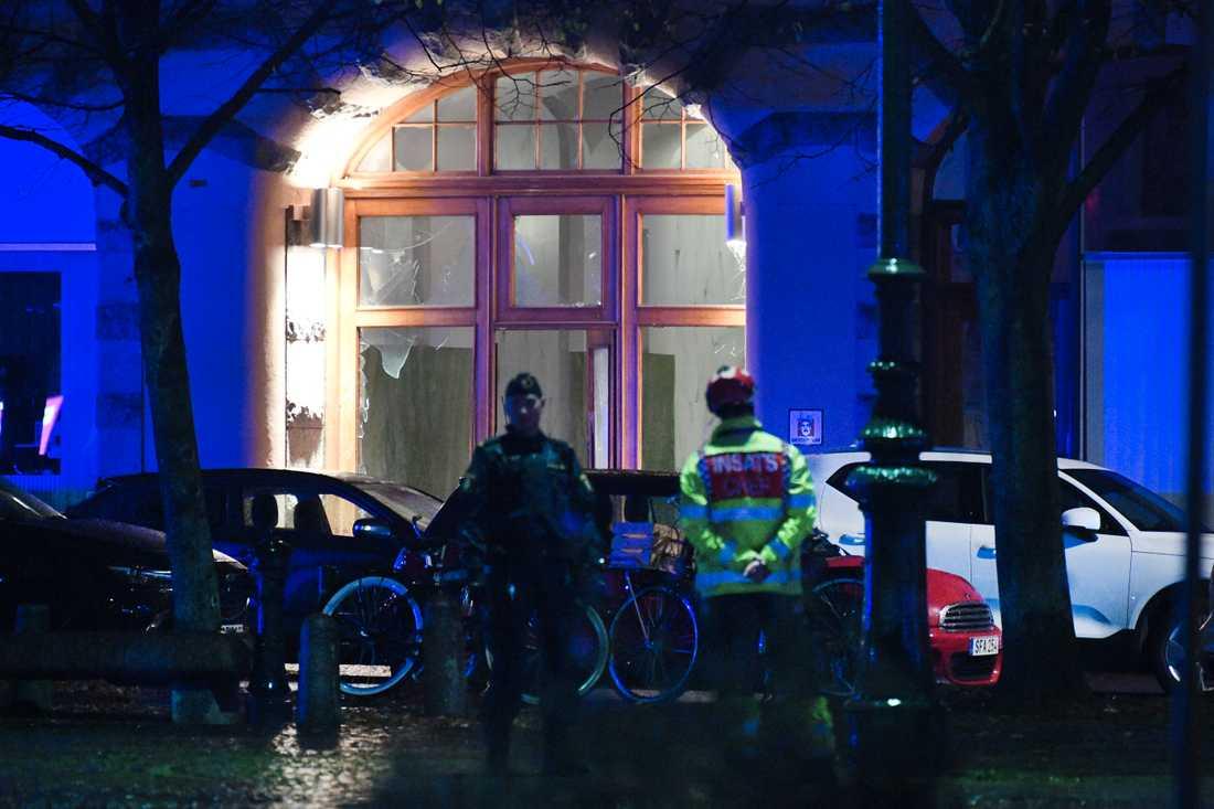 Ett mord och tre sprängningar har på kort tid ruskat om i Malmö, en av dem på Drottningtorget i fredags kväll. Arkivbild.