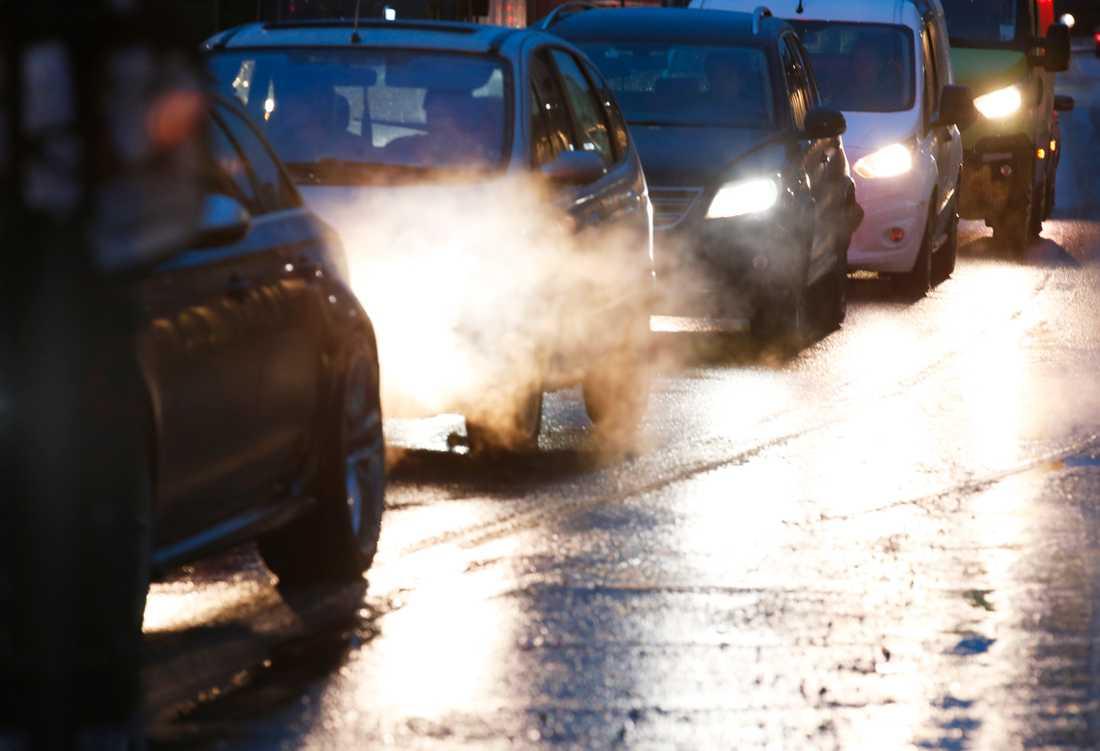 Strömavbrottet på onsdagsmorgonen stoppar trafiken genom Södra länken.