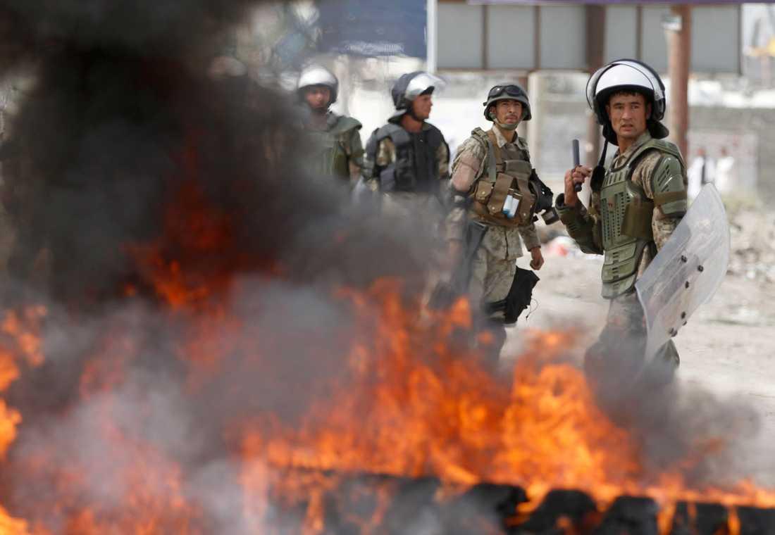 Afghansk kravallpolis.
