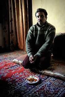 Pappa Habib, 40.