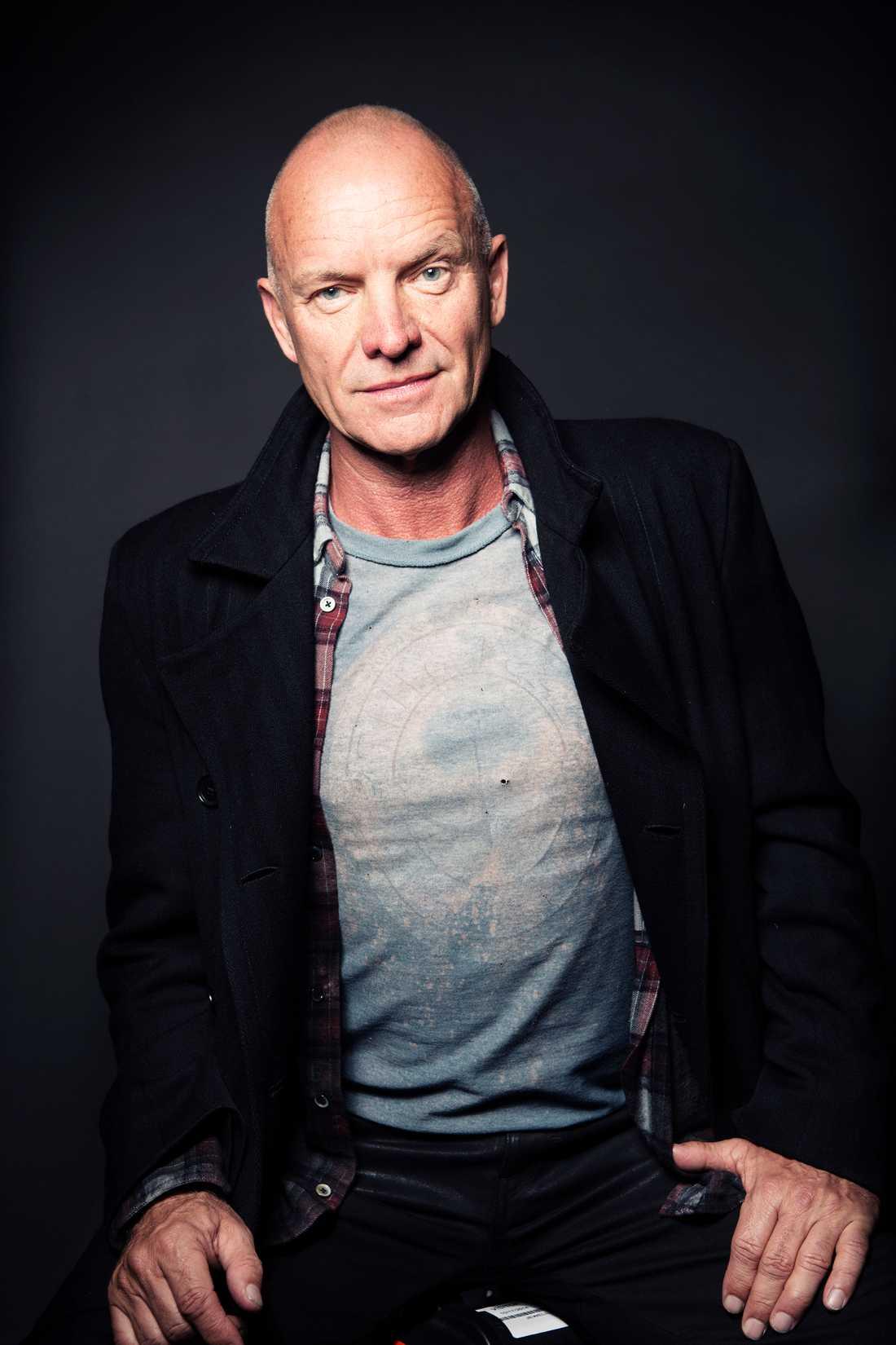 """Floppmusikal Sting tar """"The last ship"""" till Skandinavien."""