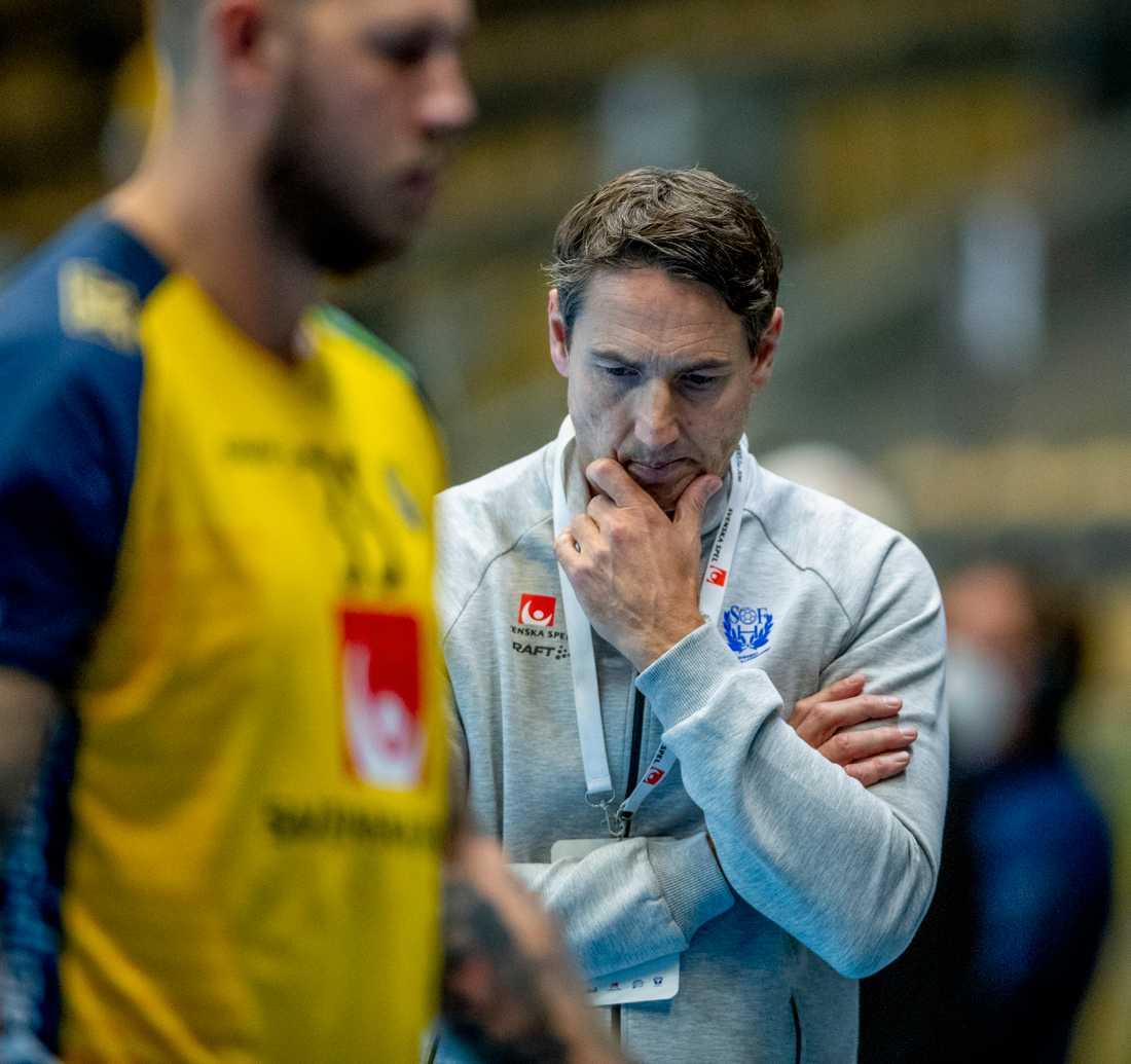 Sveriges förbundskapten Glenn Solberg har en hel del att fundera på inför handbolls-VM nästa vecka. Arkivbild.